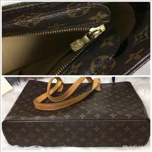 🧡🧡🧡🧡Authentic Louis Vuitton Luco SR0050 🧡